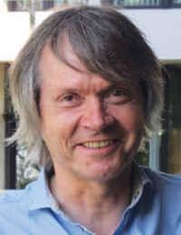 Étienne Bruneau, rédacteur en chef de «Abeilles et Cie»